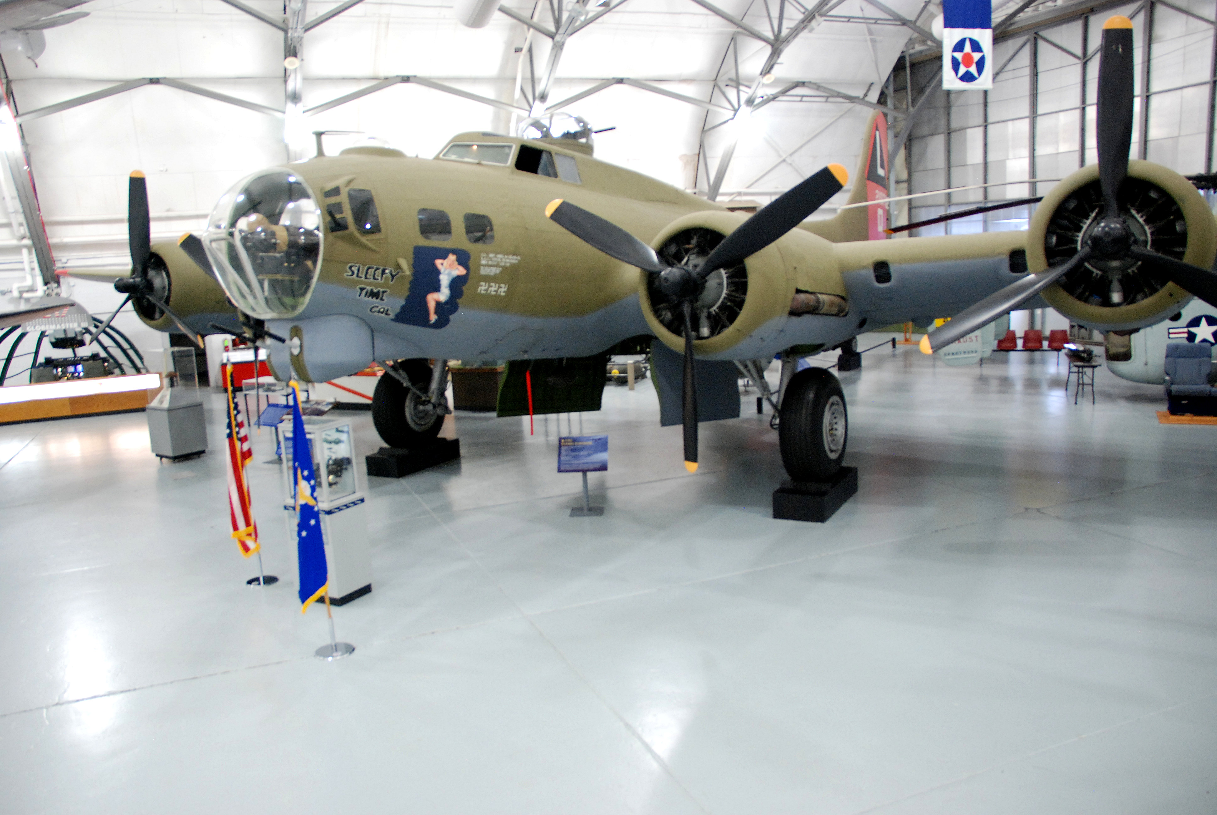 b 17g flying fortress air mobility command museum