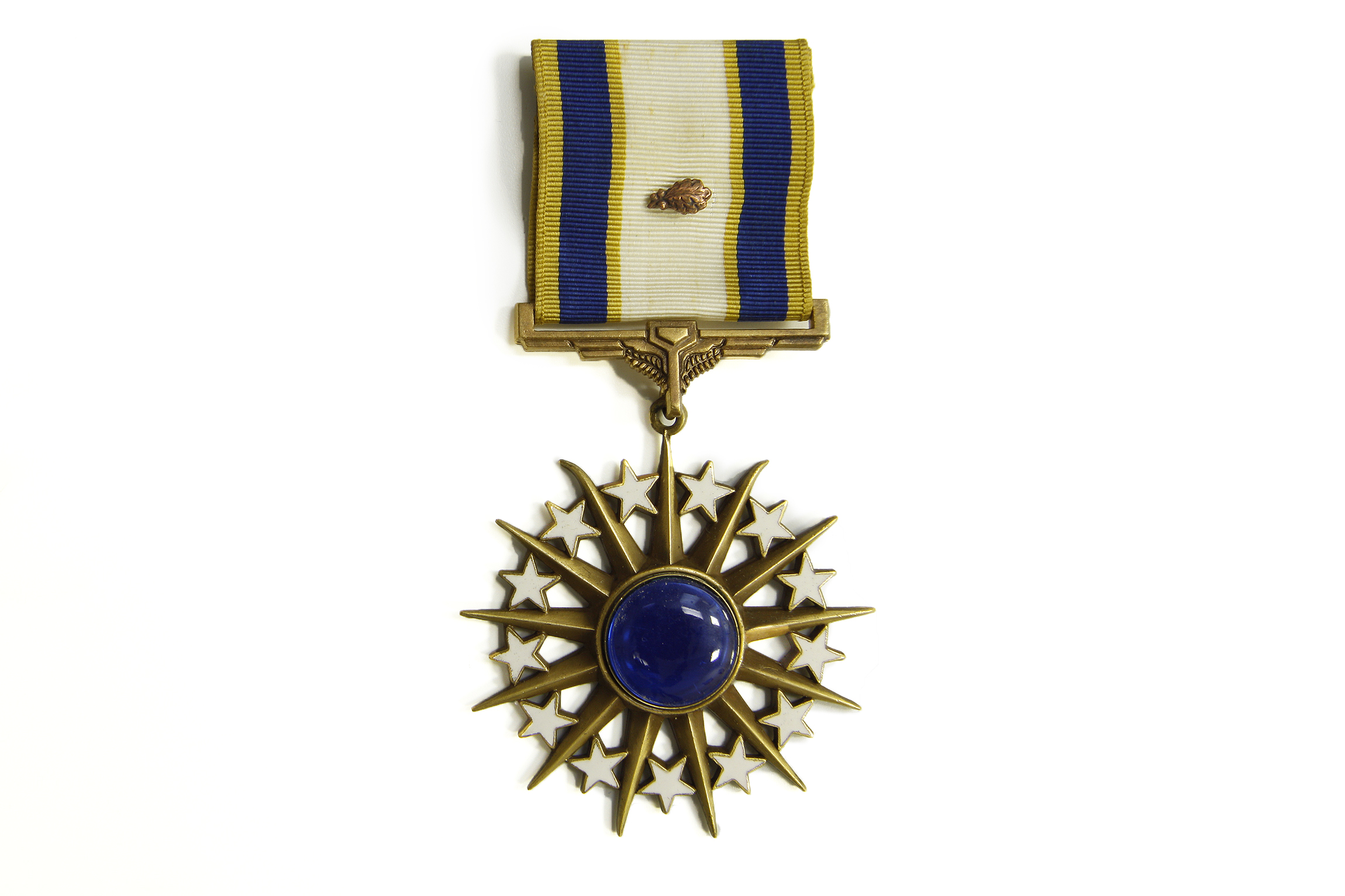 Distinguished service medal air mobility command museum for Air force decoration points