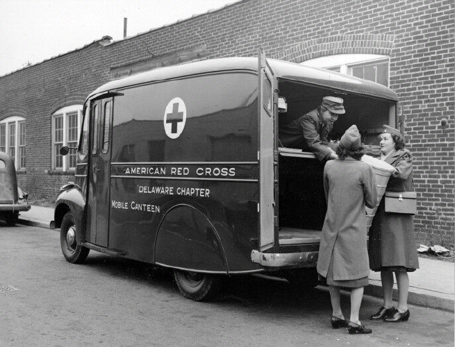 Mobile Red Cross Canteen - Dover Army Air Field